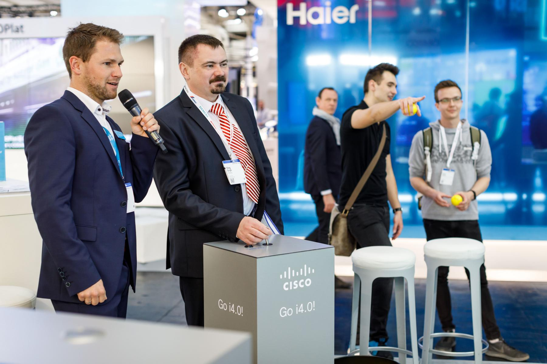 Hannover_Messe_Cisco_Moderator_Tobias_Witton