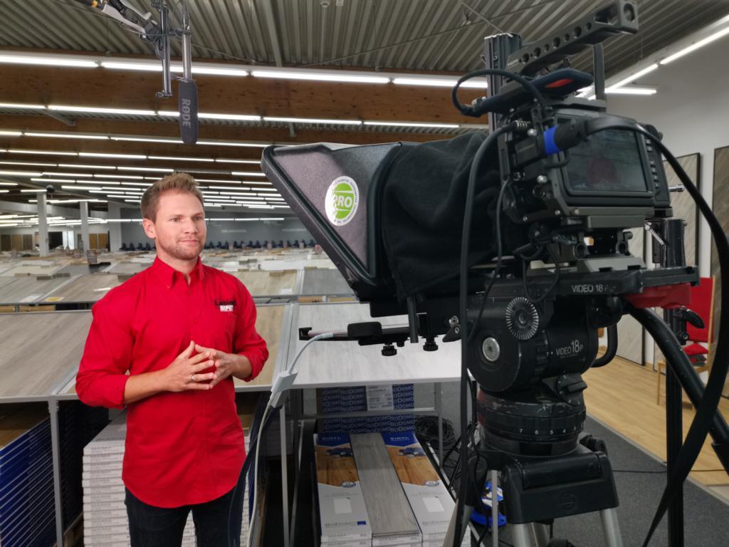Moderator Tobias Witton Videodreh Tutorial Laminat Depot Erklärfilm Dortmund
